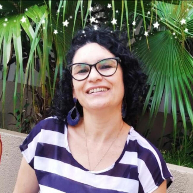 Babysitter in Jundiaí: Neide Dias