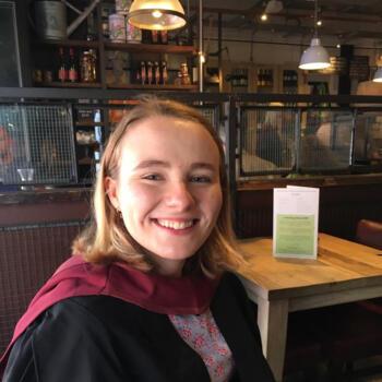 Babysitter Oxford: Evie