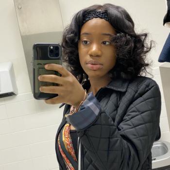Babysitter Newark: Emmanuella
