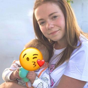 Babysitter in La Louvière: Pauline
