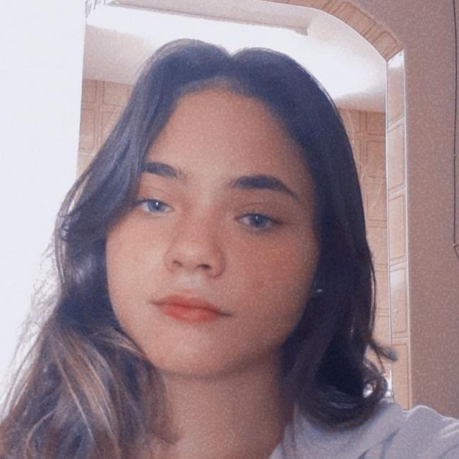 Babá em Fortaleza: Dayane