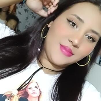 Babysitter in Pereira: Yency daihana