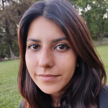 Babysitter in Grand Bourg: Yamila