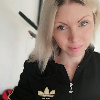 Lastenhoitotyö Mustasaari: Lastenhoitotyö Annika