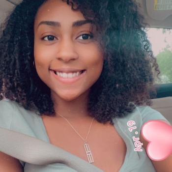 Babysitter in Jacksonville: Anielka