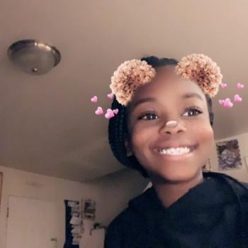 Babysitter Newark: Emani