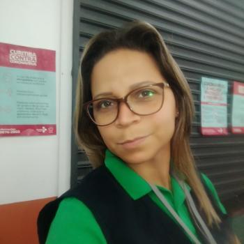 Emprego de babá em Curitiba: emprego de babá Priscila
