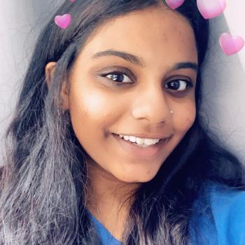 Babysitter Singapore: Hannah Sheik