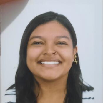Babysitter in Alajuela: Tania