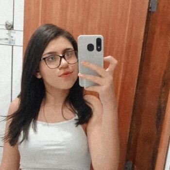 Babá em Betim: Fernanda
