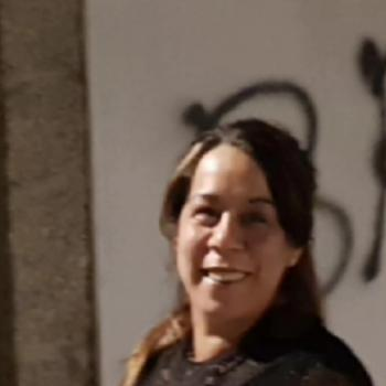Niñera Vigo: Valeria Roux
