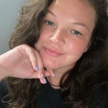 Babysitter in Mahwah: Angelina