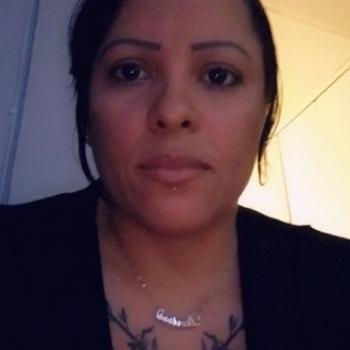 Babysitter Bronx River Houses: Denisse