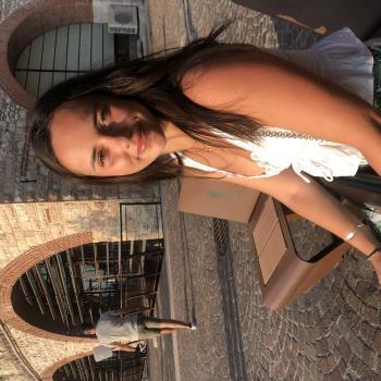 Baby-sitter in Nice: Iris