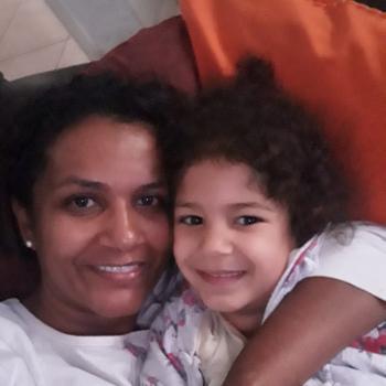 Babá Contagem: Natalina dos Santos