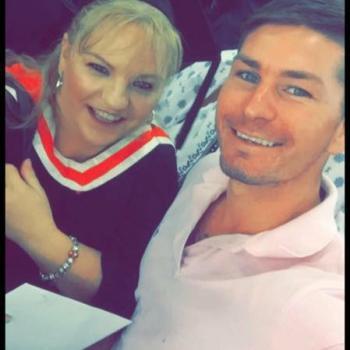 Babysitter in Townsville: Helen
