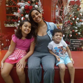 Babysitter in Vila Velha: Marianie