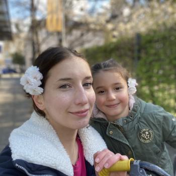 Babysitter Job in Bonn: Babysitter Job Layla