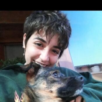 Babysitter in San Vicent del Raspeig: Elisa