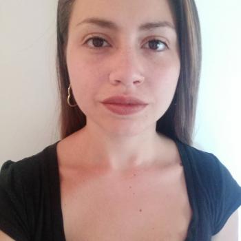 Niñera Villa de Mayo: Ailen Ivonne Lugones