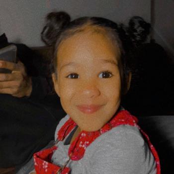 Job de garde d'enfants à Toronto: job de garde d'enfants Zahira