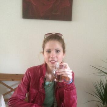 Babysitter 's-Hertogenbosch: Esmay