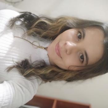 Niñera en Municipio de Copacabana: Laura