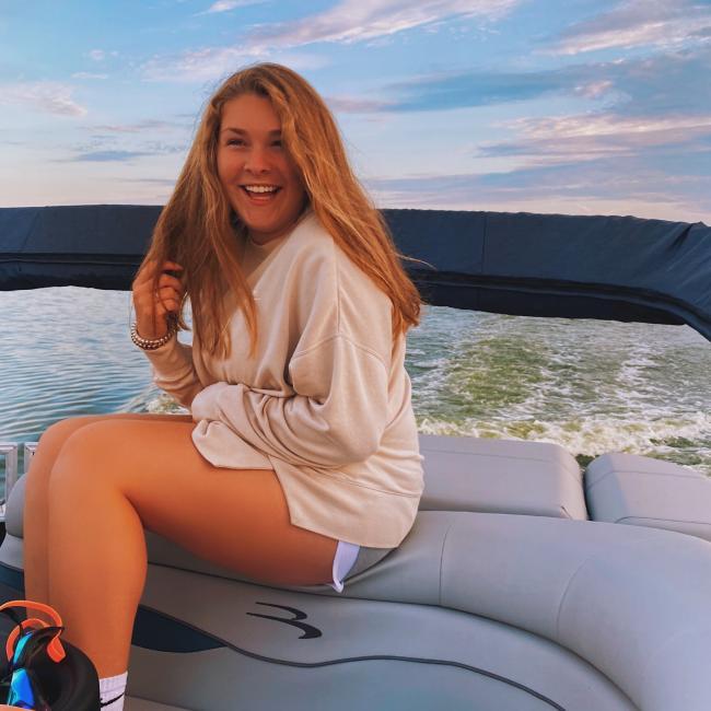 Babysitter in Sussex (Wisconsin): Megan