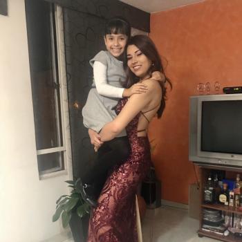 Babysitter Toronto: Valentina