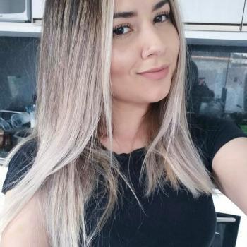 Babá em Balneário Camboriú: Jacqueline