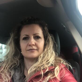 Babysitter Brussel: Edlira