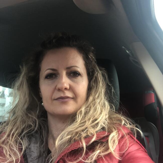 Babysitter in Brussel: Edlira