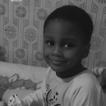Trabalho de babysitting em Odivelas: Trabalho de babysitting Nhamajo