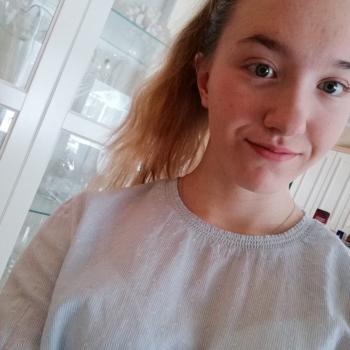 Lastenhoitaja Oulu: Veera