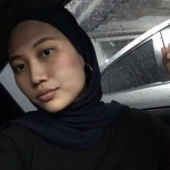 Babysitting job in Petaling Jaya: babysitting job Najwa