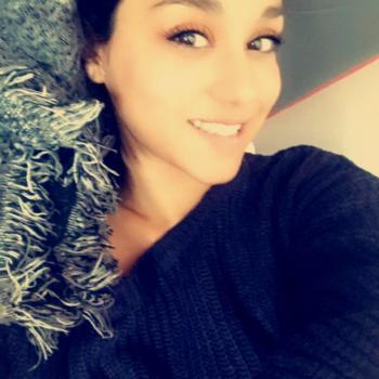 Babysitter Poitiers: Leana