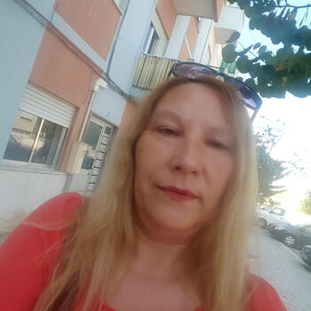 Babysitter em Lavradio: Maria
