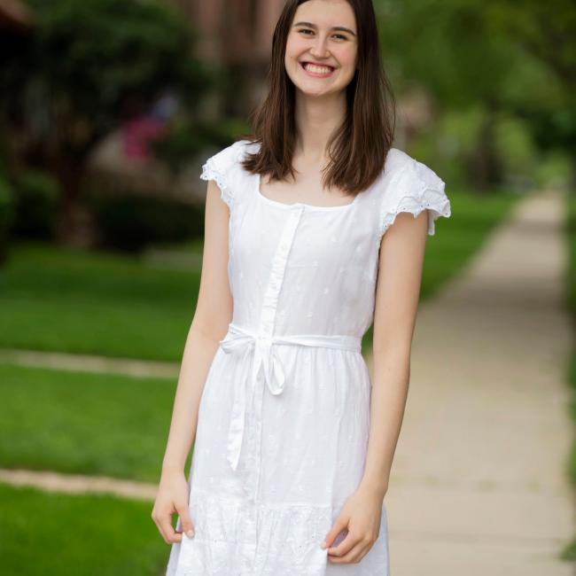 Babysitter in Chicago: Kelsey