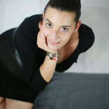 Baby-sitter Châlons-en-Champagne: Adrianne