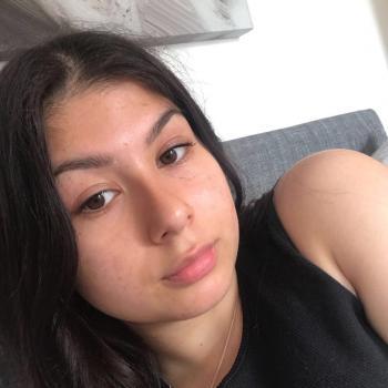 Babysitter in Telford: Aisha