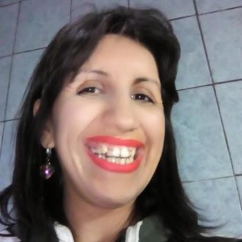 Niñera González Catán: Débora Díaz Rodríguez