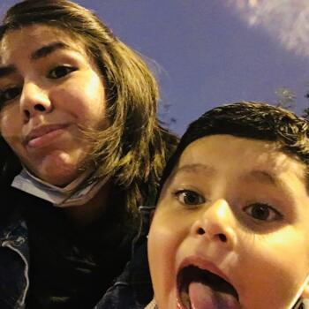 Babysitter Lima: Pia