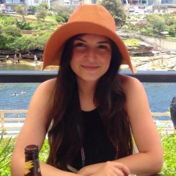 Babysitter Gold Coast: Isabela