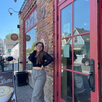 Baby-sitter in Toronto: Alana