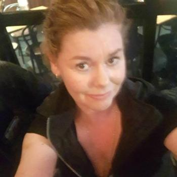 Babysitter Melbourne: Fiona