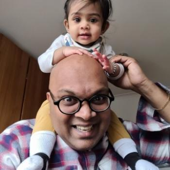 Babysitting job in London: babysitting job Naaguesh