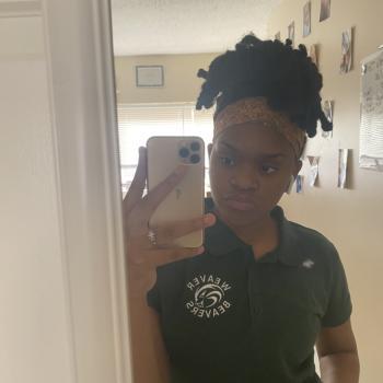Babysitter in Hartford: Symia