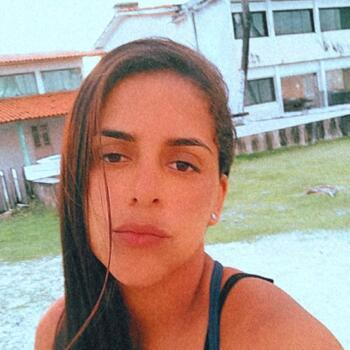 Babysitter in Recife: Claudilene