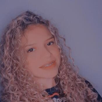 Babá em Fortaleza: Estephanie Alves