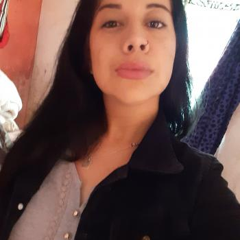 Niñera Artigas: Rafaela